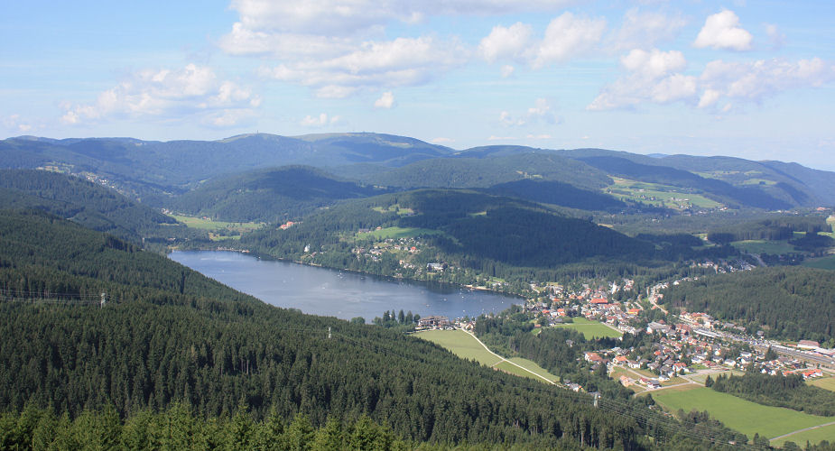 View from the lookout on Hochfirst Mountain to Lake Titisee , Feldberg ...