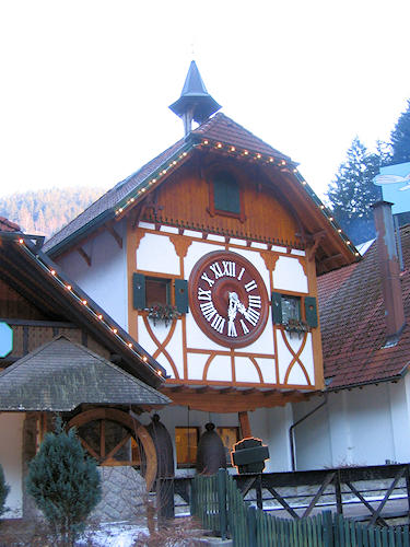 World largest cuckoo clock